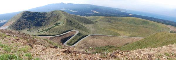 3.寒風山頂から(お山方面)